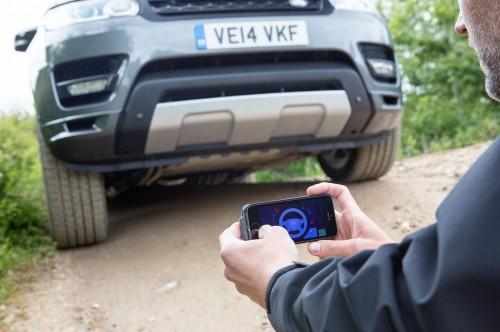 2016-range-rover-sport-remote-control-front-app