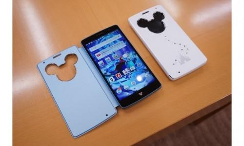 LG-Mickey-Mouse-themed-Swarovski-smartphone-2