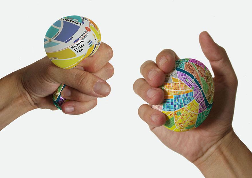 Egg Map ดูแผนที่ด้วยการบีบ