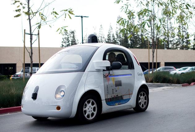 รถยนต์ไร้คนขับชนน้อยกว่ารถที่มีคนขับ