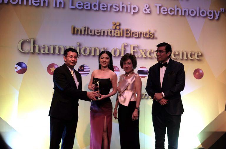 LINE MOBILE คว้ารางวัล Outstanding Brand ตอกย้ำความเป็นผู้นำซิมดิจิทัล